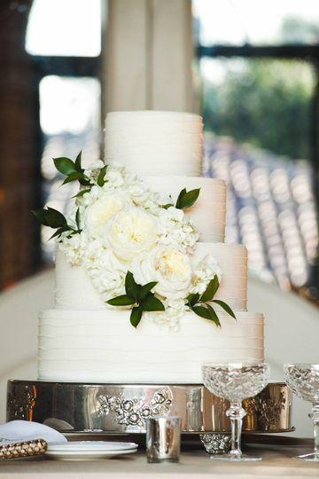 wedding cake sea island