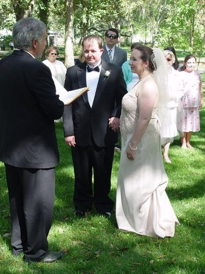 A Wedding With Rev Schulte.  https://www.facebook.com/AWeddingWithRevSchulte Married a few years ago...