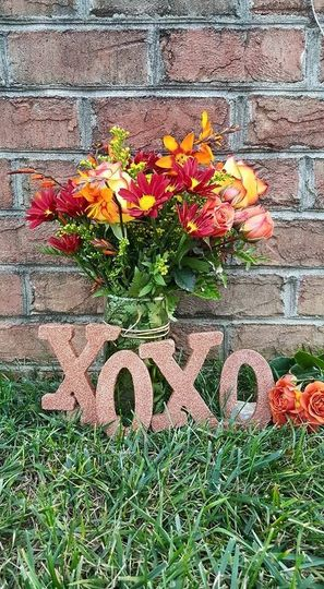 XOXO lettering decoration