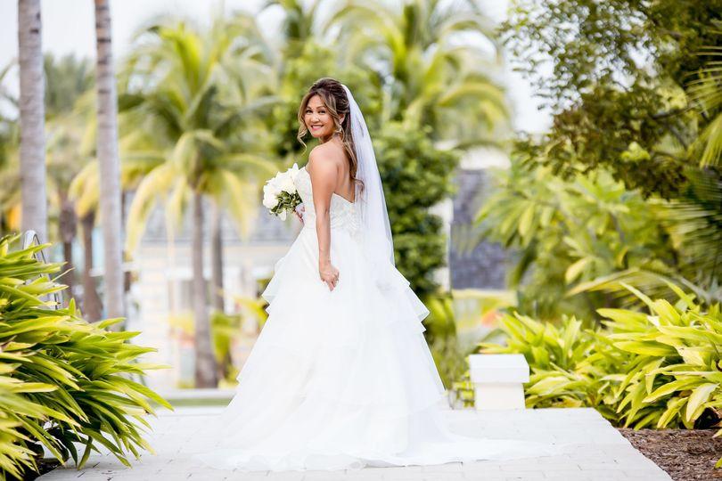 ffc8131ed9bfcf67 1536855211 0cb84ecd9484c1d4 1536855199150 1 2017 Brides 1