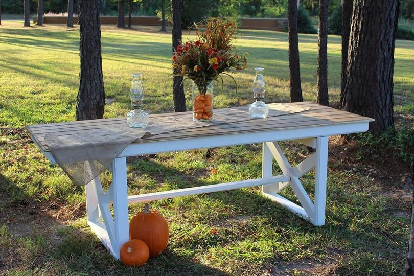 8' Farm table also converts to a bar