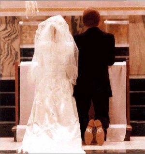 Kneeling couple