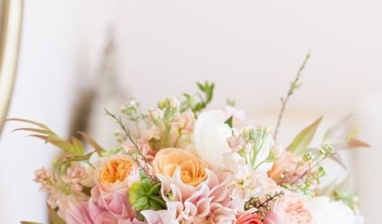 Elegant Details, Floral and Full Service Event Design