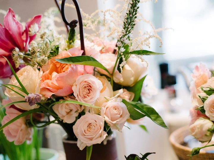 Tmx 1517572929 49585dce4a90e950 1517572926 C5391491592092c8 1517572771808 75 LuvLens StyledSho Norwich, VT wedding planner