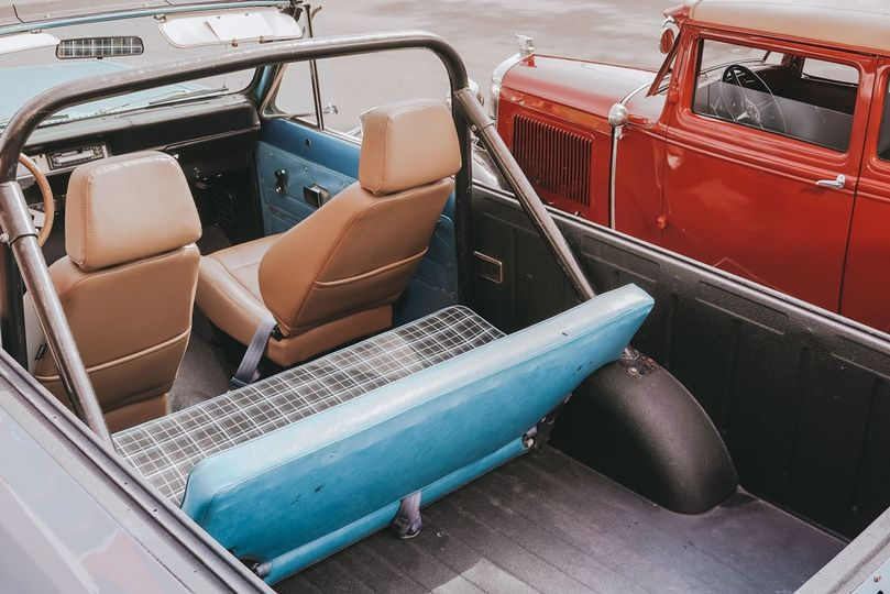 Antique cars for the win!