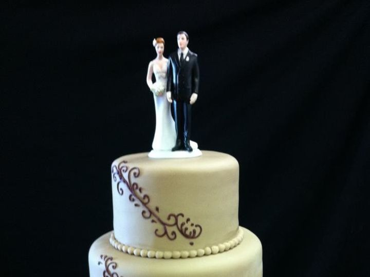 Tmx 1386881402490 Chelsea  Zac Quincy wedding cake