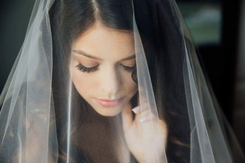 Bridal luxury makeup and hair
