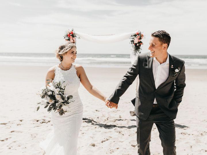Tmx Snez Photography16 51 1866955 157662766931527 Hillsboro, OR wedding photography
