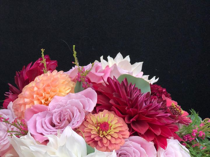 Tmx Img 36541 51 1307955 157412406470712 Epping, NH wedding florist
