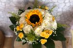 Floral Expressions Boutique image