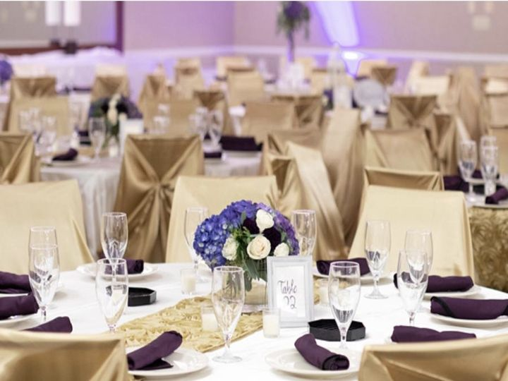 Tmx Centerpieces 2 51 379955 V1 Columbus, OH wedding venue