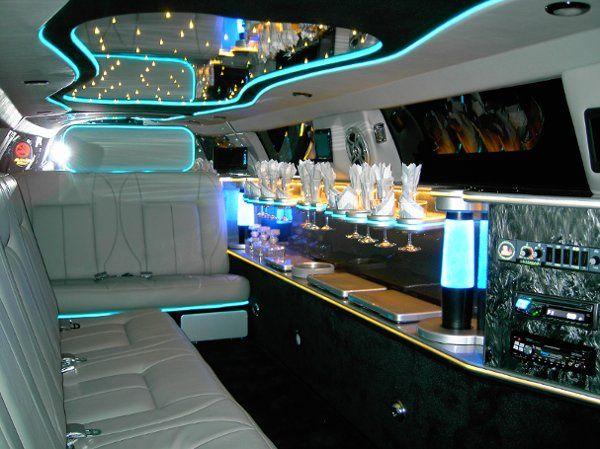 Tmx 1311031077507 Chrysler300 Spring wedding transportation