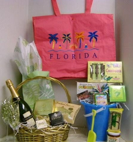 variety of containers, beach bags, beach pails, gift bags, baskets