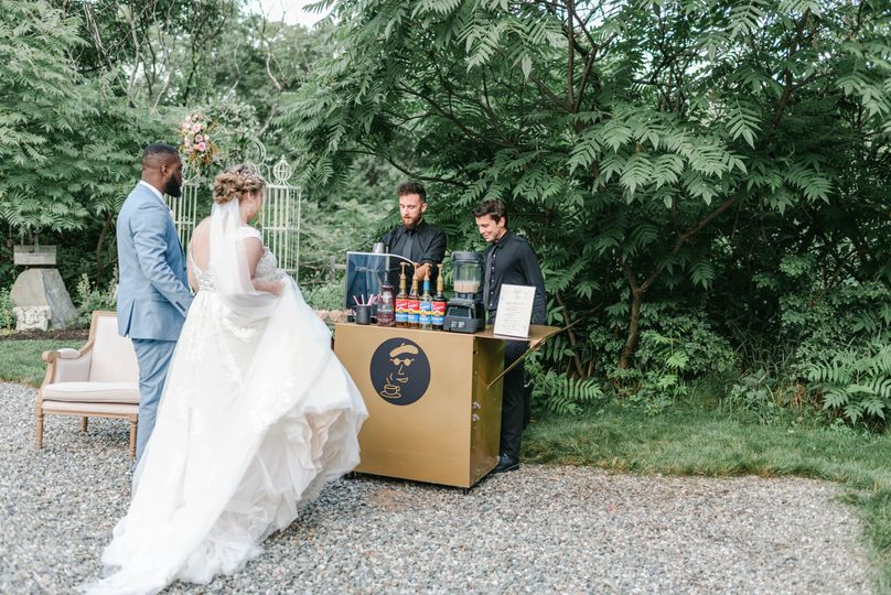 Newlyweds order Espresso Daves