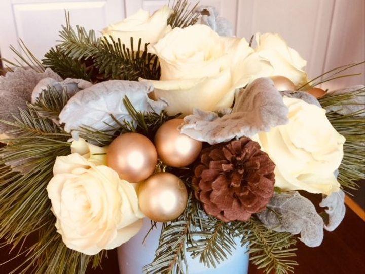 Tmx 1521249781 60705ab240533476 1521249780 E6a6f2c9eddd1930 1521249782316 6 Christmas   Simply Braintree, MA wedding florist