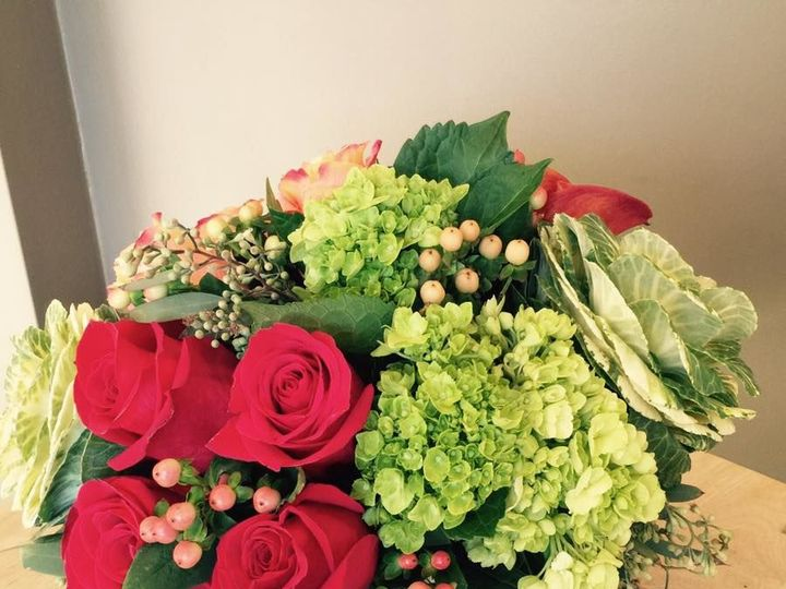 Tmx 1521250853 895bfcd8a7834056 1521250851 27bda95b3176e2a5 1521250851158 15 15219993 13342642 Braintree, MA wedding florist