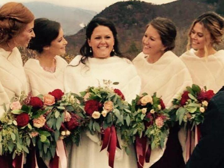 Tmx 1523461680 Cb1ba7d78050f54c 1523461679 33b12f5291b0d6a3 1523461668758 6 18766060 153699320 Braintree, MA wedding florist