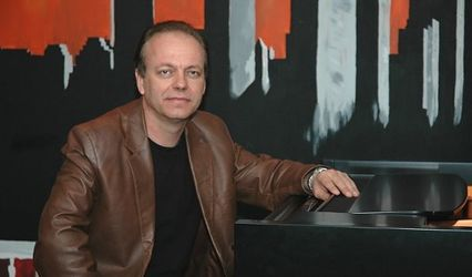 Alan Davis Jr.