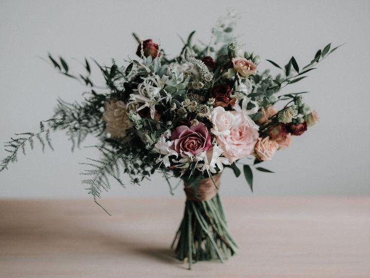 Tmx 1528075001 D1f14a0963c061fa 1528074999 Df5741a90da249dc 1528074993146 4 Florals Portland, ME wedding photography