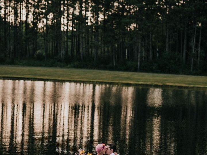 Tmx 67613514 1404689226354836 5668014550360784896 N 51 1008065 1566516037 Portland, ME wedding photography