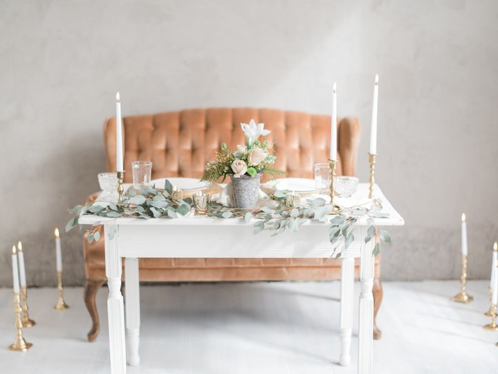 Tmx Styled Session 078 51 791165 1557843878 West Branch, IA wedding rental
