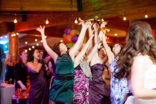 red pine lodge winter wedding lauren stuart 223