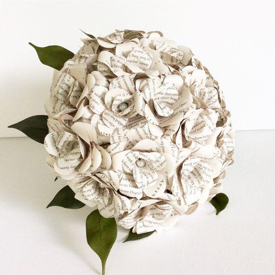 18 Blossom Book Bouquet