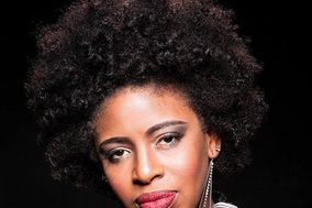 AHYONZ featuring Kenya C.