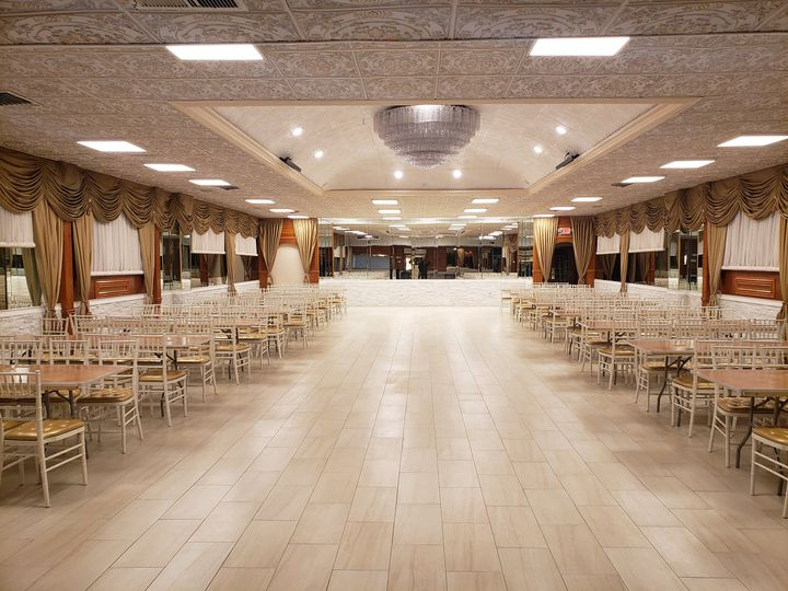 queens luxe banquet hall kingston hall 4 51 1046165