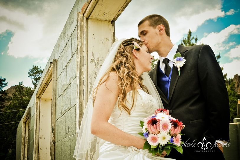 vtk1157 1 3denver unique wedding photographer