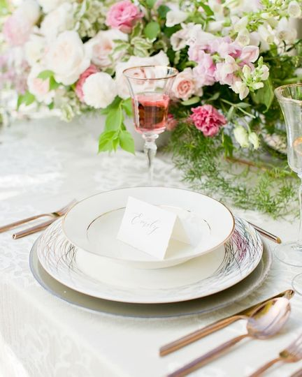 Place setting rental