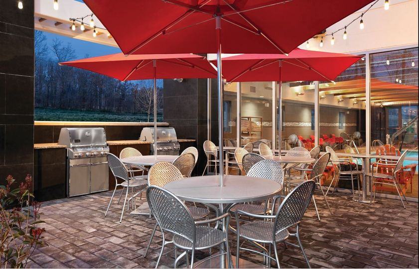 patio with grills