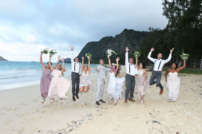 Waimanalo Beach Cottages and Weddings