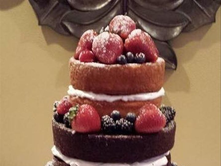 Tmx 1475165542437 97f316be356154ce38bd463df82982e3 Jeffersonville wedding cake