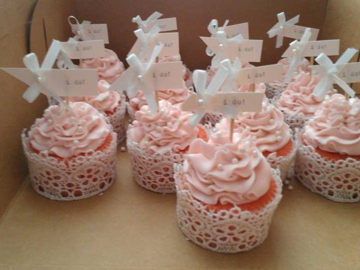 Tmx 1475165572847 C6b4dcd5f7019106fa691ba8d27eabc2 Jeffersonville, IN wedding cake