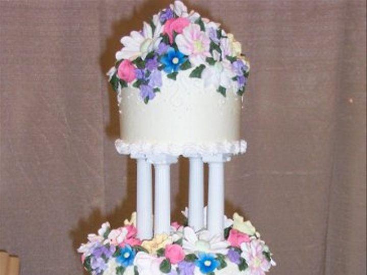 Tmx 1227123947693 Cakes049 Atascadero wedding cake