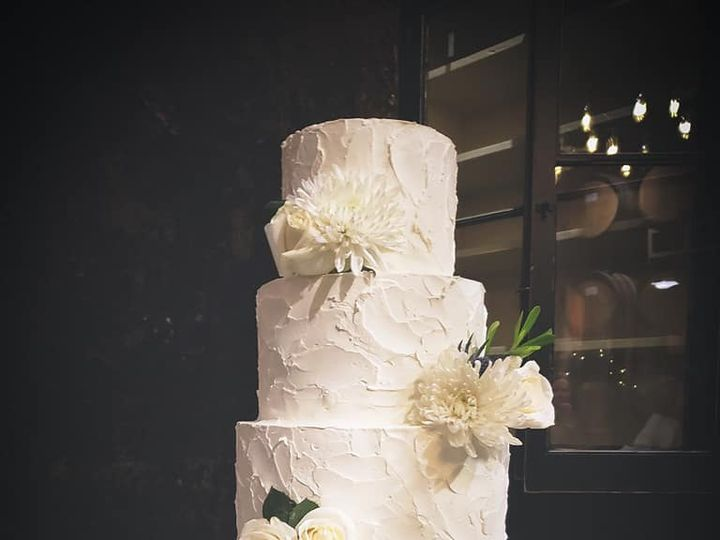 Tmx 49209831 2087217931569252 2234275354980122624 N 51 931265 Fuquay Varina, North Carolina wedding cake