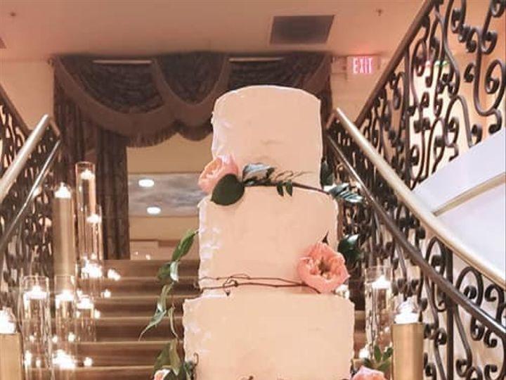 Tmx 61655902 10104853061163745 9052859021999996928 N 51 931265 158506151090983 Jacksonville, NC wedding cake