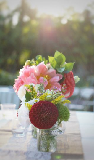 Rustic, Backyard BBQ themed wedding, centerpieces. Mason jar style pair, small and large.