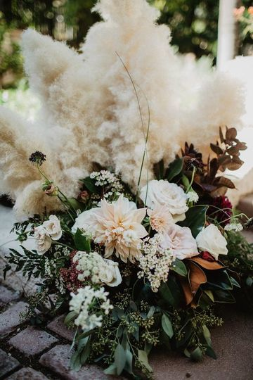 Pampas grass altar arrangement - burgundy, white and blue dark and moody bridal bouquet - royal bee...