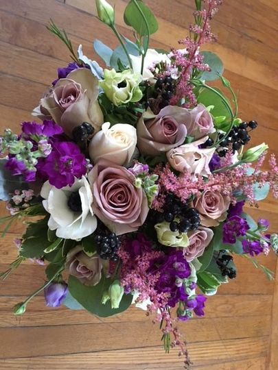 Garden style with lots of texture creates an interesting bouquet.