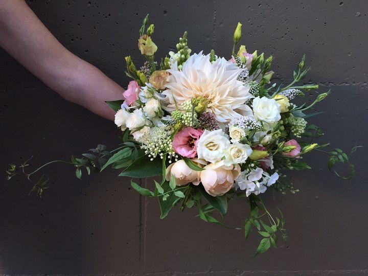 Romantic panel bouquet