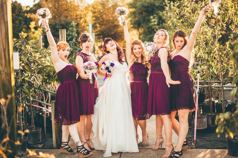 6690a02439e34701 1500668132203 bridesmaids hort