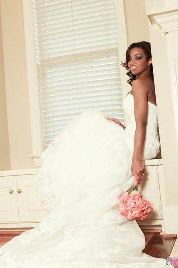 Bridal Portrait Raquel Maradiaga Photo courtesy of ArtbyAsh Photography