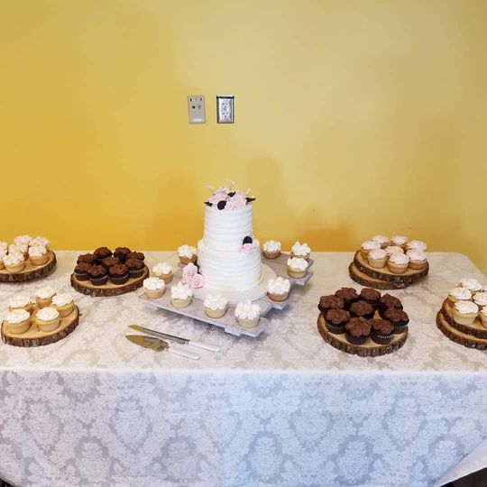 Wedding sweet cupcakes