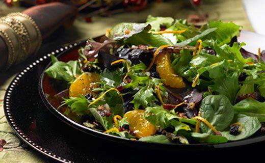 Baby Greens with Mandarin Oranges & Glazed Walnuts in a Viniagrette