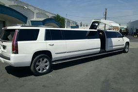 Avanti Limousines & Airport Transportation