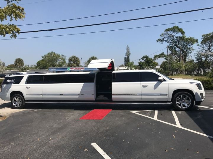 Tmx T40 Img 3466 51 1037713 V1 51 712465 V1 Boca Raton, FL wedding transportation