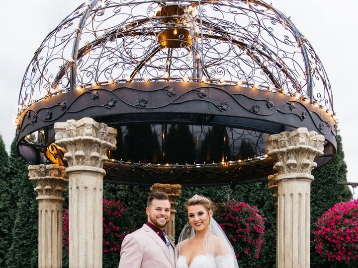 Tmx Tolman Media Photo 6 51 1972465 159167937069557 Detroit, MI wedding photography