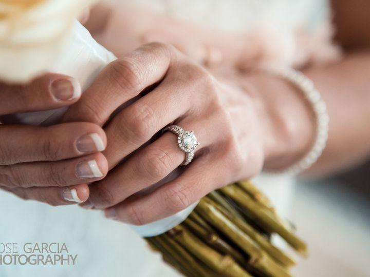 Tmx 1515722875 78b7e5059353abf5 1515722869 4d843aa7037adf40 1515722850356 1 IMG 9112f2 Dubuque, Iowa wedding photography